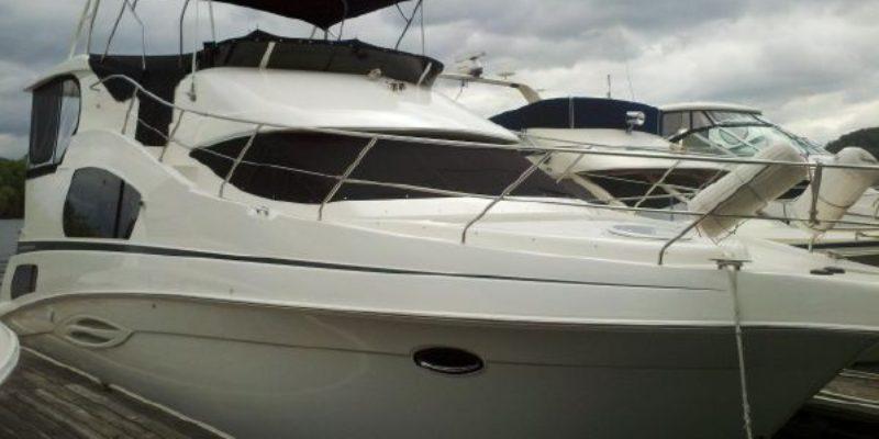 39′ Silverton Motor Yacht