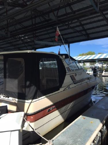 33′ Cruisers Yachts 336 Ultra Vee – Yacht Brokers, Inc