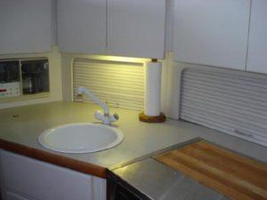 35 Carver 355 Aft Cabin 19
