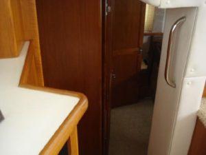 35 Carver 355 Aft Cabin 23