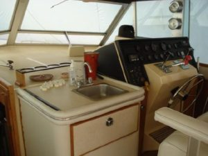 41 Chris-Craft 410 Commander Yacht 38