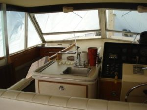 41 Chris-Craft 410 Commander Yacht 39