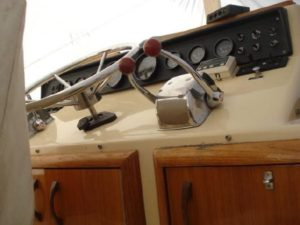 41 Chris-Craft 410 Commander Yacht 41