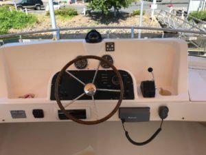 34-Mainship-trawler-5